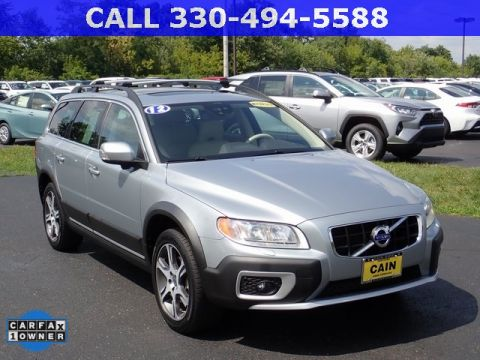 Pre-Owned 2012 Volvo XC70 T6